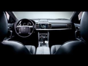 3_Passenger_Executive_Sedan_1